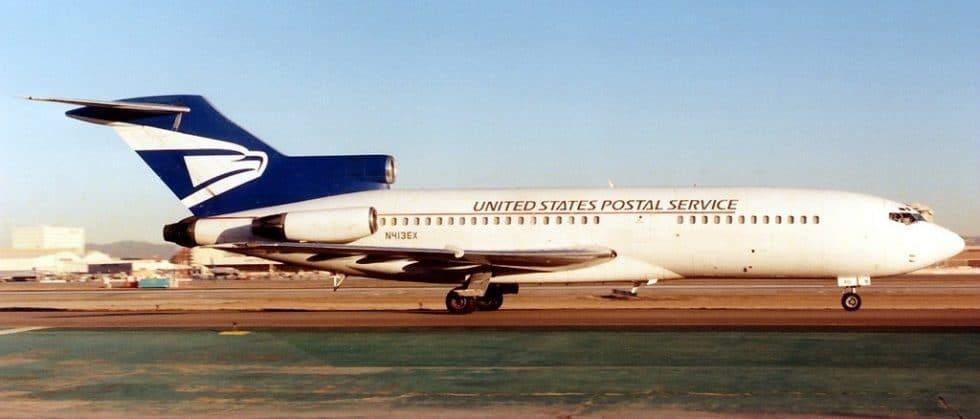Boeing_727-51C,_US_Postal_Service_AN0237245