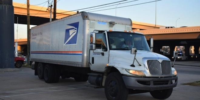 HCR_mail_truck