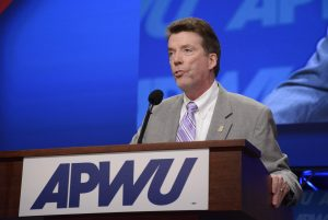 Hegarty_at_APWU_Chicago_convention_2014