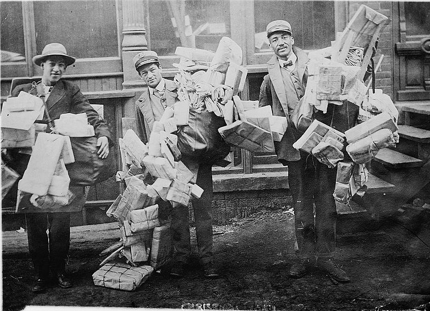 postal_workers_sorting_mail