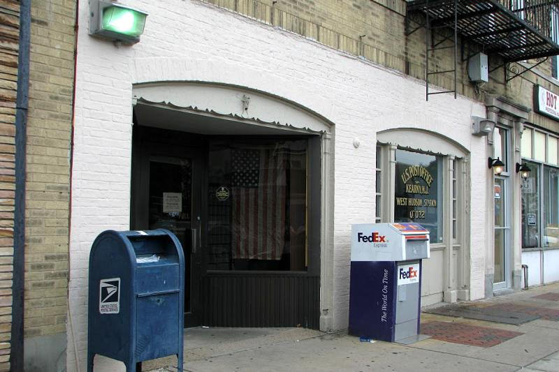 Kearny_West_Hudson_Station_po