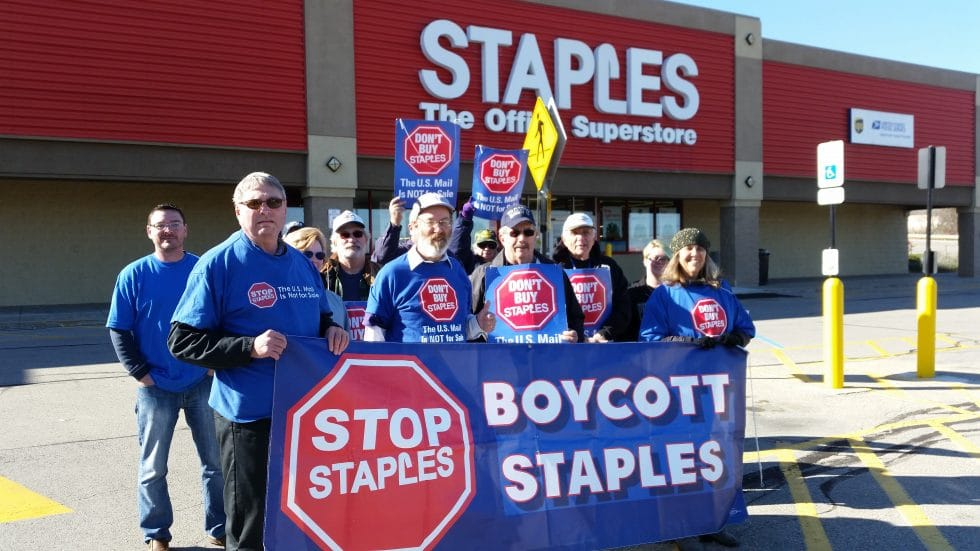 staples-monaca_11-13-2016