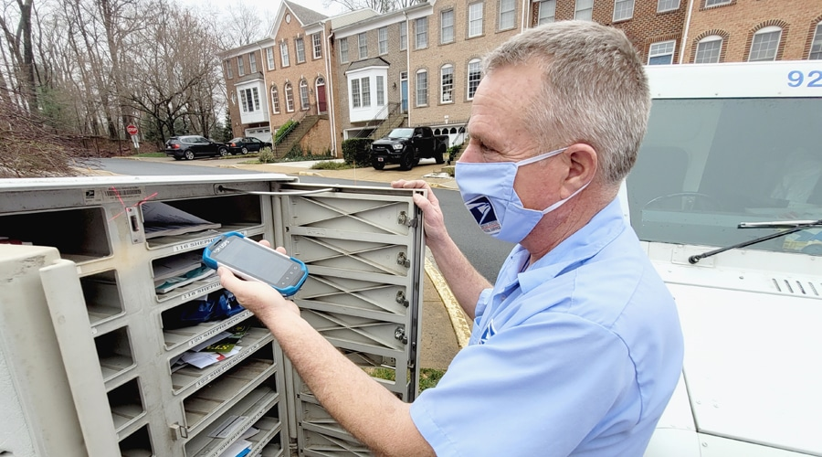 Naked mailman busted for delivering mail nude - NY Daily News